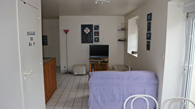 TEXT_PHOTO 2 - APPARTEMENT T2 BIS - GRANDE PLAGE - COMMERCES